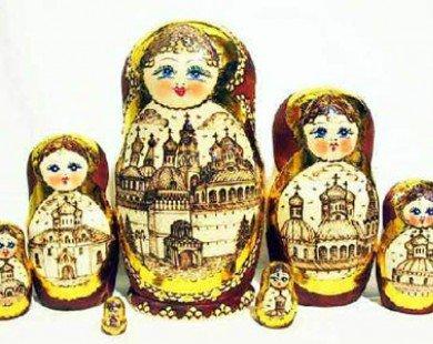 Câu chuyện búp bê Matryoshka biểu tượng nước Nga