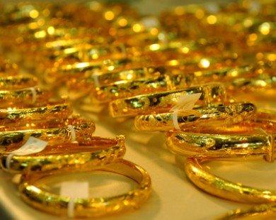 Vàng nối dài đà giảm
