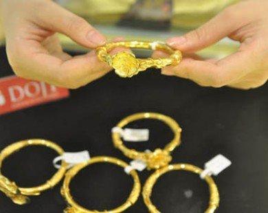 Doanh nghiệp kích thích mua bán vàng