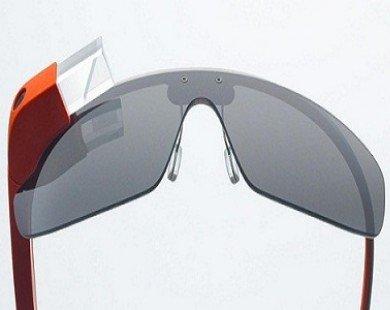 Microsoft sản xuất kính thông minh giống Google Glass?