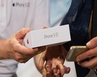Apple bán hết số iPhone 5S dự trữ