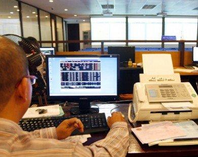 Áp lực bán tăng ồ ạt, VN-Index thêm một lần rời mốc 500