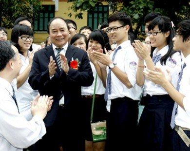 Phó Thủ tướng chúc mừng trường Bưởi - Chu Văn An