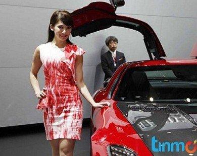 Ngắm dàn Show girls của Tokyo Motor Show 2013