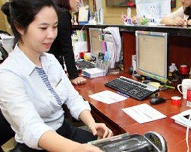 Tiếp tục ổn định và nâng cao vị thế đồng Việt Nam