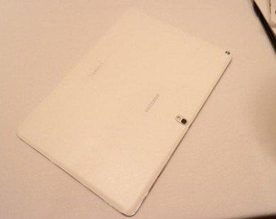 """Samsung chính thức trình làng tablet """"khủng"""" 12,2-inch"""