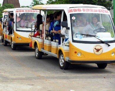 Khai thác thử nghiệm xe ôtô điện chạy trong cảng Nội Bài