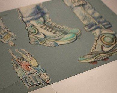 Nike sẽ ra mắt giày tự động buộc dây vào năm 2015