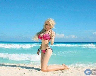 Cô gái có ngoại hình giống hệt búp bê Barbie là có thật