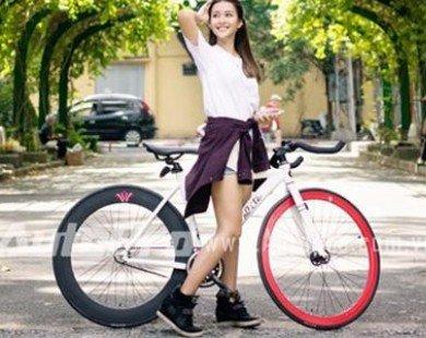 Hot girl Khả Ngân khỏe khoắn bên xe đạp Fixed Gear