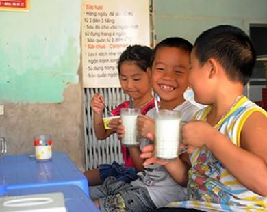 Bên trong cơ sở bán 1.000 lít sữa tươi/ngày ở Ba Vì