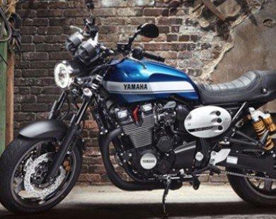 Yamaha giới thiệu XJR1300 và XJR1300 Racer 2015