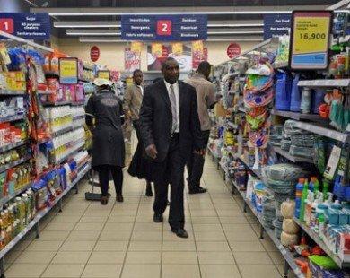 Moody's hạ mức xếp hạng tín nhiệm của Nam Phi xuống BAA2