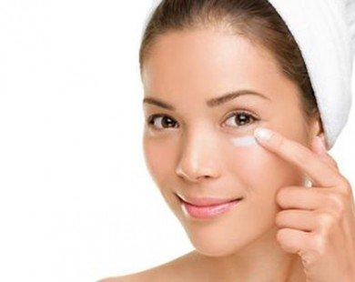 Tư vấn chọn mua kem dưỡng ẩm cho da vùng mắt