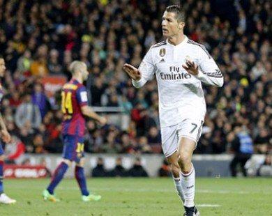 Ăn mừng nhạy cảm, Ronaldo đối mặt với án phạt