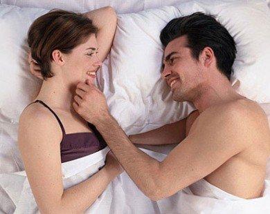 Mẫu đàn ông có thể kéo được nàng lên giường dễ hơn ăn kẹo