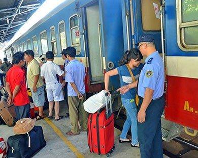Ngành đường sắt giảm tới 15% giá vé tàu Thống Nhất dịp Hè 2015