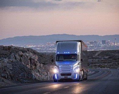 Daimler chạy thử xe tải tự lái đầu tiên trên thế giới ở Đức