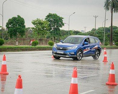 Honda Ôtô Tây Hồ tổ chức thành công chương trình hướng dẫn lái xe an toàn