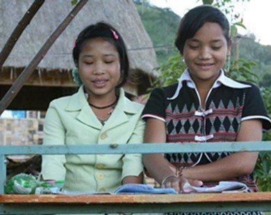 Ngôi làng đặc biệt với người dân nói được 20 thứ tiếng