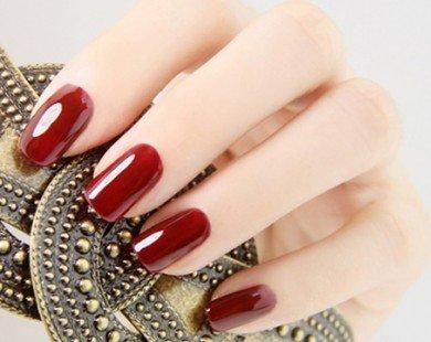 Cách sơn móng tay đẹp và lâu phai