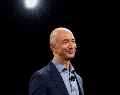 Ông chủ Amazon soán ngôi giàu thứ 4 thế giới
