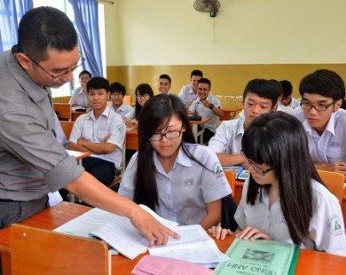 Bao giờ 30% trường THPT dạy và học bằng tiếng Anh?