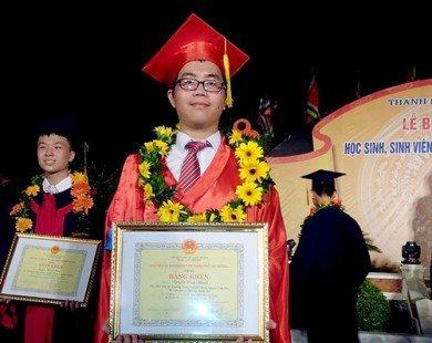 Chàng trai vàng Olympic Vật lý tư vấn thi ACT đạt điểm cao