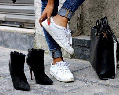 6 cách biến tấu với giày thể thao màu trắng năng động