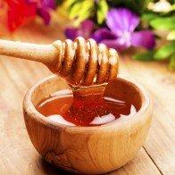 10 mẹo hay giúp phân biệt mật ong thật và giả chỉ trong 10 giây