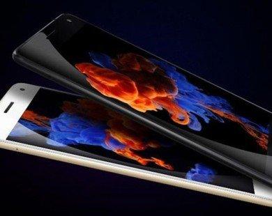 Lenovo ra smartphone RAM 6 GB, tích hợp 10 cảm biến sức khoẻ