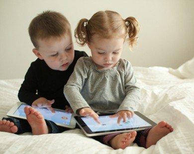 6 lí do bố mẹ không nên cho con dùng smartphone