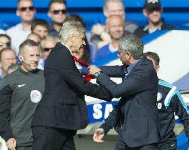 """Wenger khơi dậy """"mối thâm thù"""" với Mourinho"""