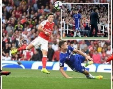 Thắng giòn giã Chelsea, Arsenal vẫn bị Drogba ví như… lũ chuột