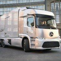 Soi xe tải điện công nghệ cao Mercedes-Benz Urban eTruck
