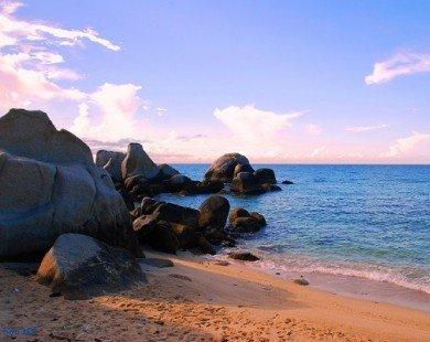 Khám phá vẻ đẹp non nước hữu tình của biển Cà Ná