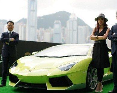 Ngắm Lamborghini Aventador màu rắn xanh cực
