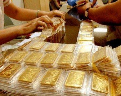 Giá vàng tăng thẳng đứng, lên 37,15 triệu đồng/lượng