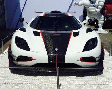 Kinh hoàng Koenigsegg One: 1 giá đắt 224 tỷ đồng