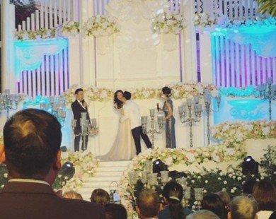 Tò mò về đám cưới đẹp như mộng của những MC đình đám ở VTV