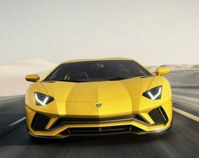 Nóng: Lamborghini Aventador S bất ngờ trình làng