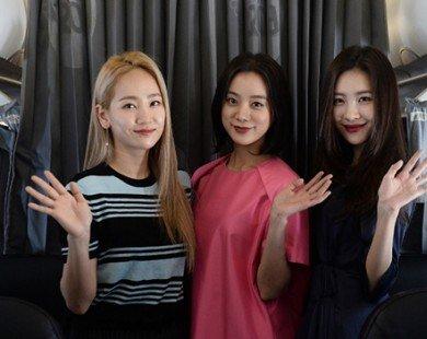 "Wonder Girls ""náo loạn"" tàu bay Vietjet"