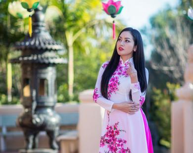 Hoa hậu Jennifer Tiên Huỳnh đẹp ngỡ ngàng trong bộ ảnh Xuân mới