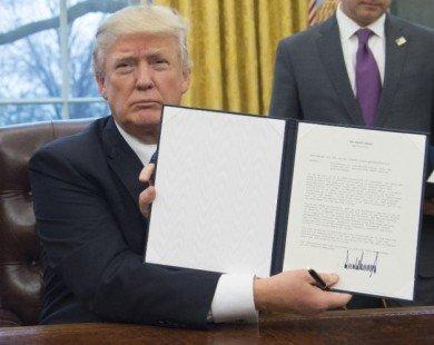 Ông Trump ký sắc lệnh rút Mỹ khỏi TPP