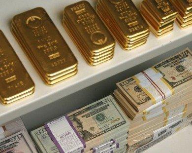 Giá vàng thế giới chịu sức ép trước sự tăng giá của đồng USD