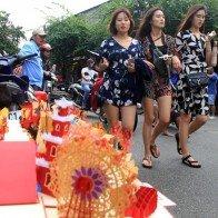 Hội An đông nghịt du khách dịp Tết khi có lễ hội ánh sáng