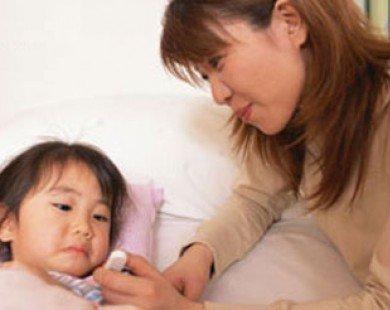 Dùng viên đạn hạ sốt cho trẻ thế nào cho an toàn?
