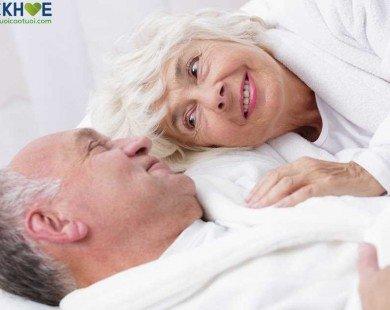 """Người cao tuổi có nên nói không với """"yêu""""?"""