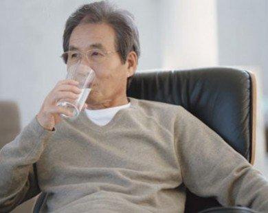 Phòng viêm đường tiết niệu ở người cao tuổi