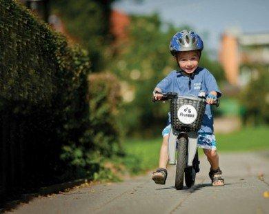 Dạy trẻ biết đi xe đạp an toàn và đúng cách chỉ trong 6 bước